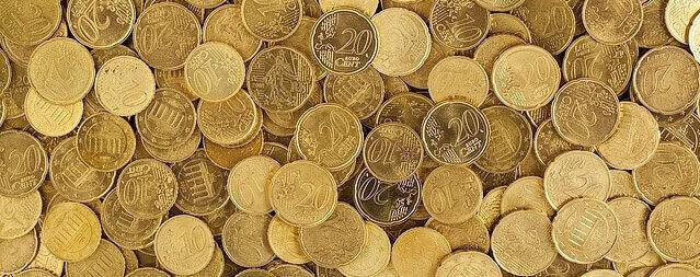 sonhar com moedas de ouro