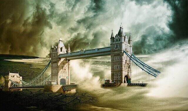 tsunami causando destruição