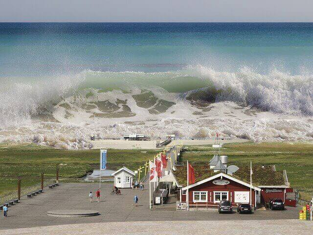 tsunami de água suja