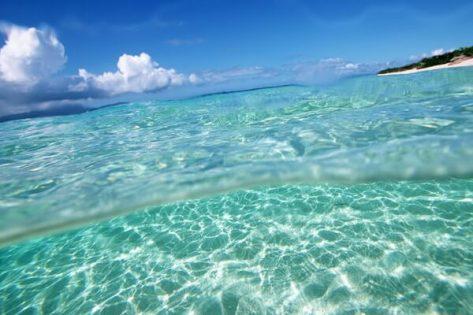 águas cristalinas do mar do caribe