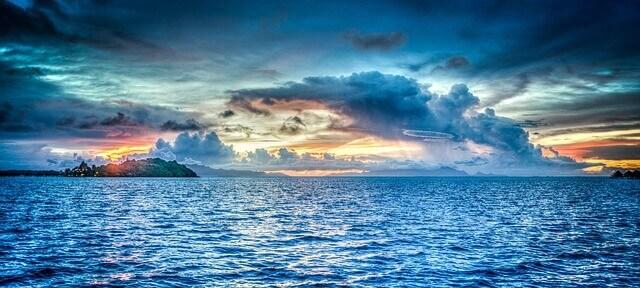 água cristalina do mar