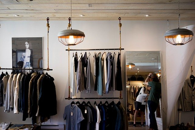 loja de roupas chique