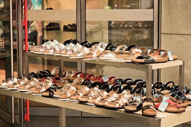 loja de sapatos femininos e masculinos