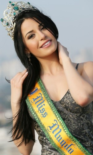 miss Julia Gama