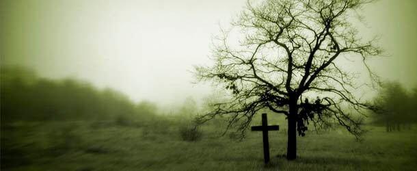 sonhar que está no cemitério no tumulo de alguém que já morreu