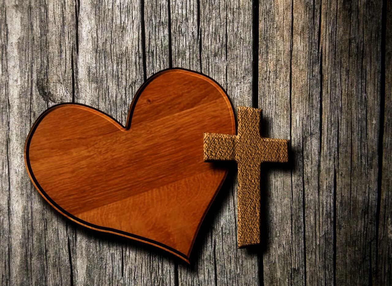 Faça Essa Oração Ao Sagrado Coração De Jesus e Veja o Que Acontece… Abundância e Prosperidade Virão a Sua Vida