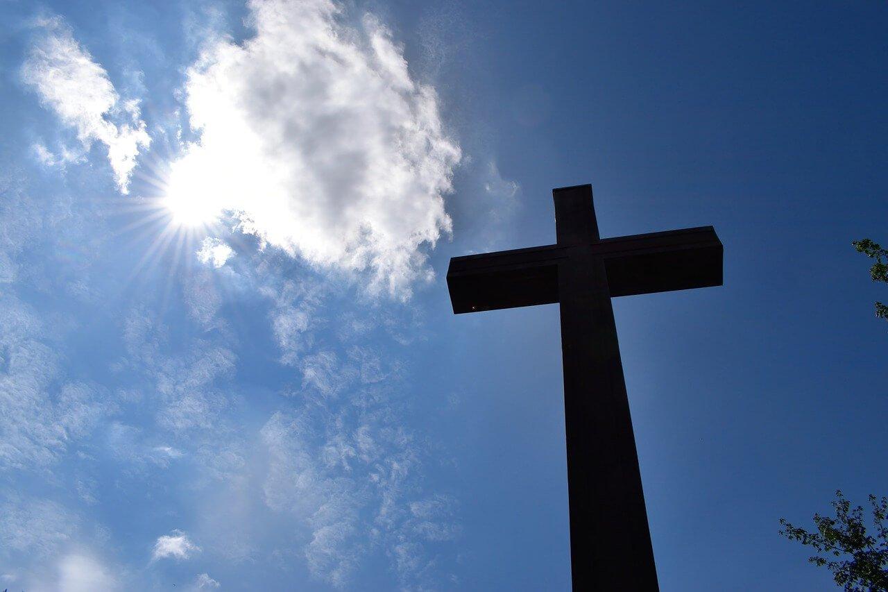 Orações Cristãs Curtas e Simples para Conversar com Deus