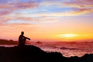 10 Sinais De Aviso Que o Universo Envia Quando Você Está No Caminho Errado Da Vida