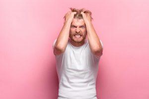 6 Sinais De Que Você Está Em Um Relacionamento Com a Pessoa Errada