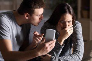 É Assim Que Você Vai Descobrir Se o Seu Parceiro é Infiel: 6 Pistas Infalíveis!