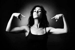 10 Sinais De Que As Pessoas Se Sentem Intimidadas Por Você