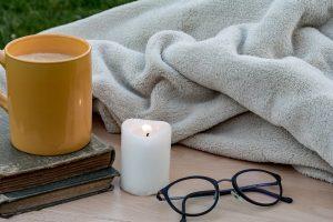 ▷ Sonhar Com Cobertor 【10 Significados Reveladores】