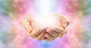 4 Dicas Para Usar a Poderosa Energia Que As Mãos Emanam