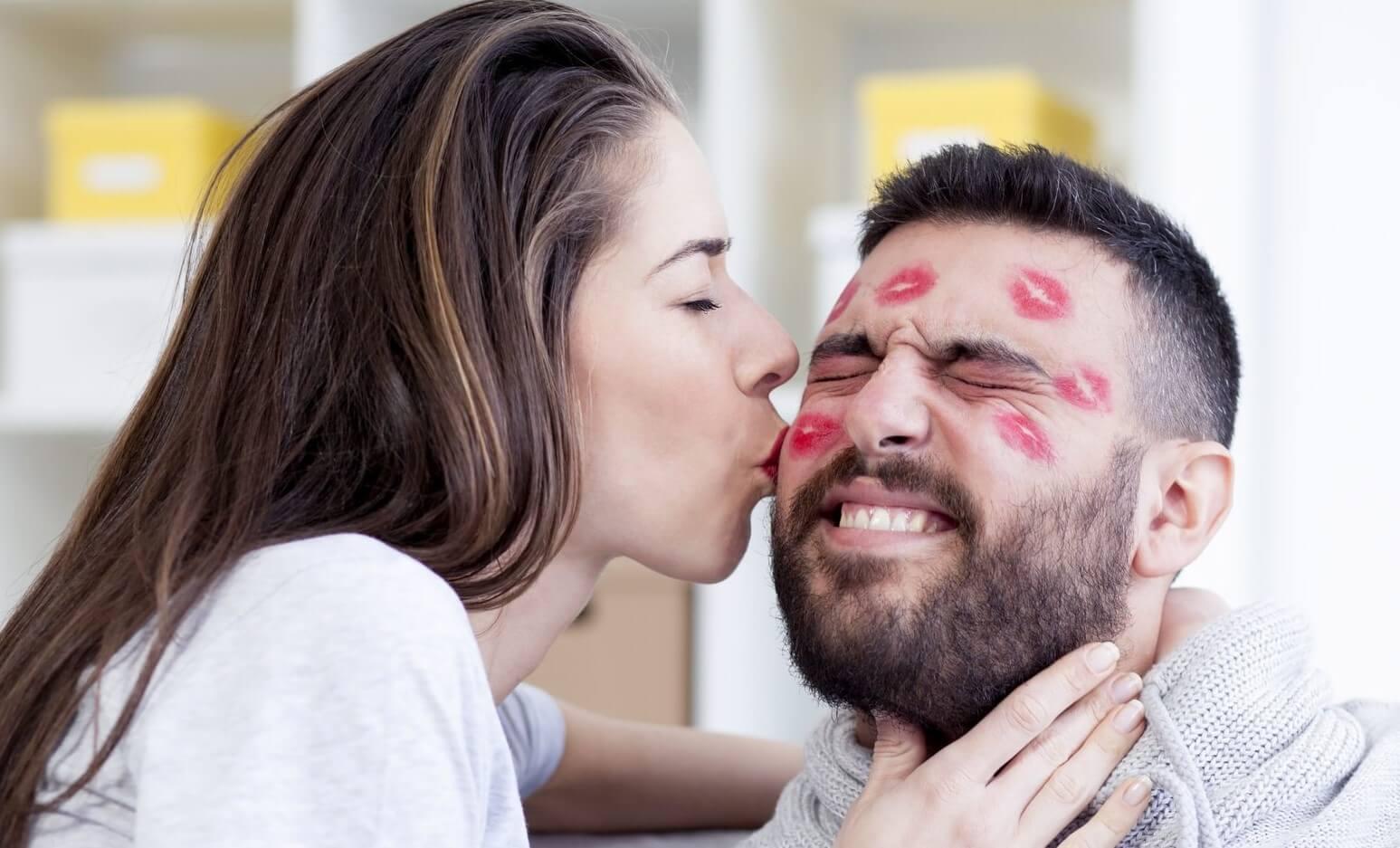 ▷ Sonhar Beijando 【Não se assuste com o significado】