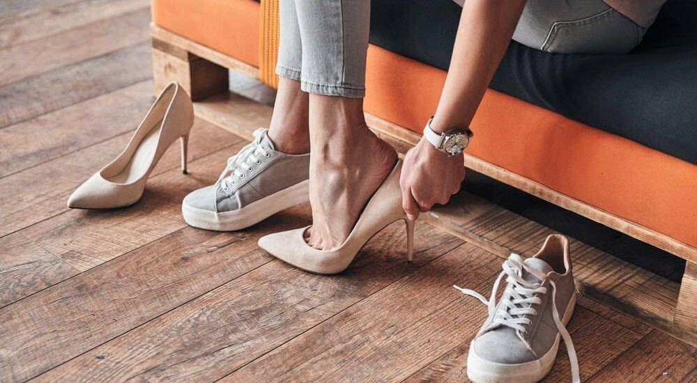 You are currently viewing ▷ Sonhar Comprando Sapatos – O Que Significa?