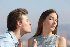 5 Tipos De Homens Que As Mulheres Nunca Devem Beijar