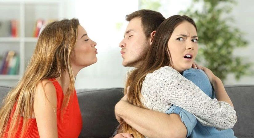 You are currently viewing 6 Sinais muito claros de infidelidade em um homem