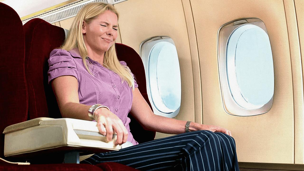 ▷ Sonhar Com Queda De Avião 【Indica notícias ruins?】
