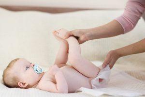 ▷ Sonhar Com Fezes De Bebê 【Não se assuste com o significado】