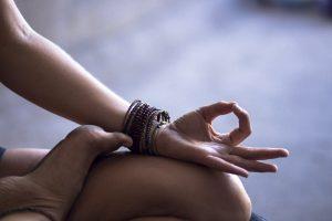 22 Poderosos Mantras Diários Para Começar Bem o Dia