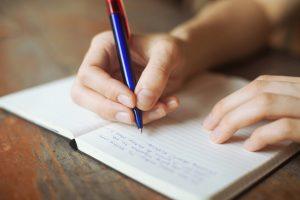 ▷ 24 Poesias Pequenas Para Enviar Para Alguém Especial