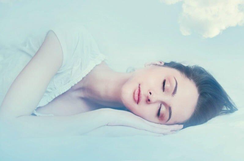 ▷ Sonhar Com Uma Pessoa 【Não se assuste com o significado】