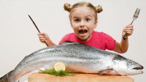 ▷ Sonhar Comendo Peixe 【É mau presságio?】