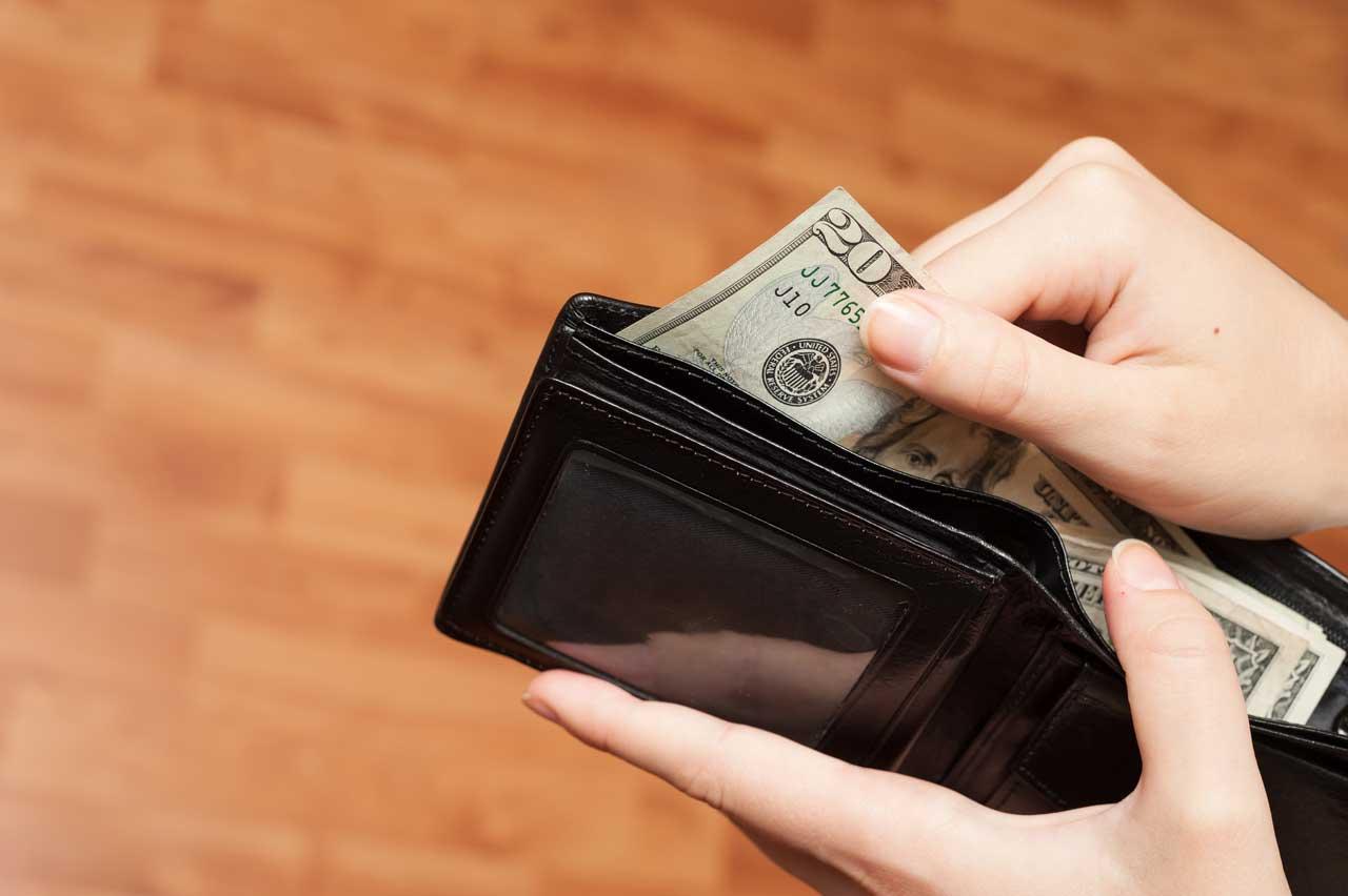 ▷ Sonhar Com Dinheiro Na Carteira 【É Sorte?】