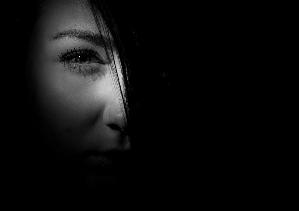 mulher misteriosa nos sonhos