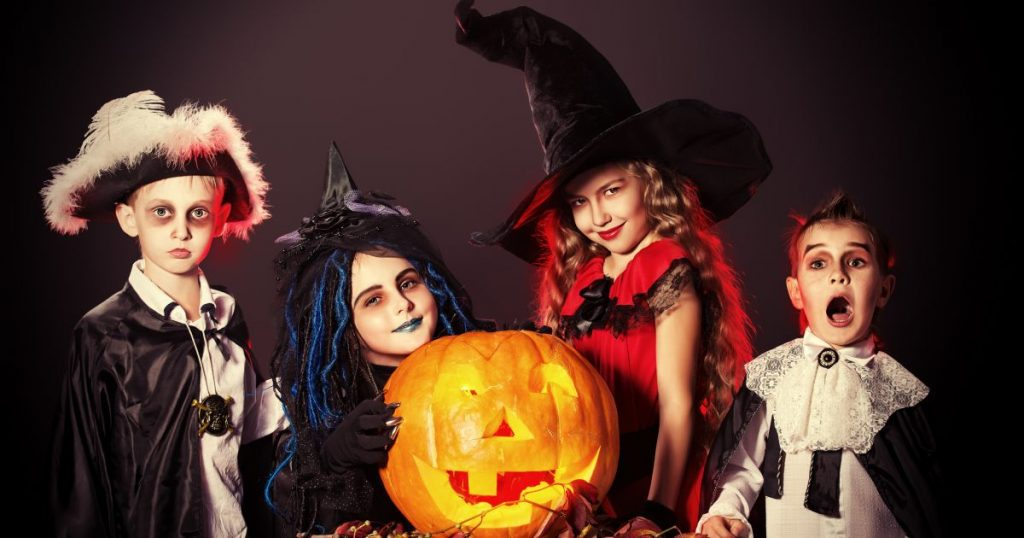 assustar todo mundo no halloween