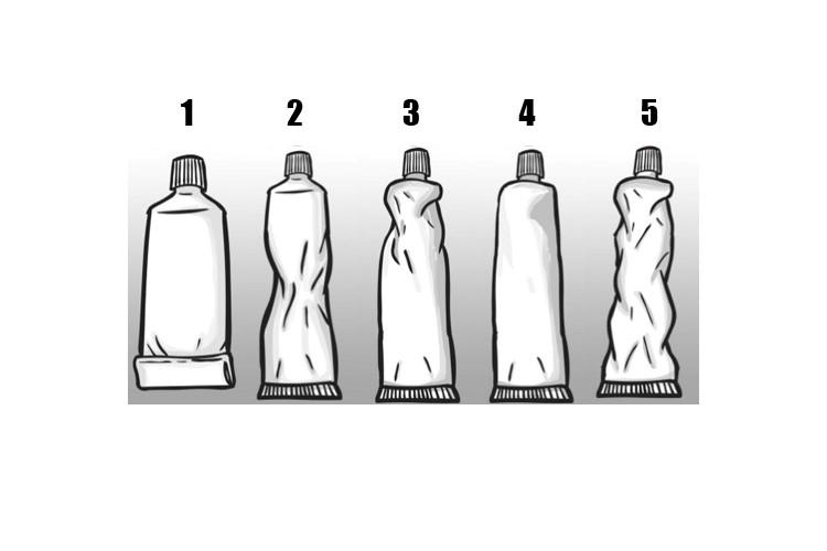 Como você espreme a pasta de dente? Descubra o que isso diz sobre você!