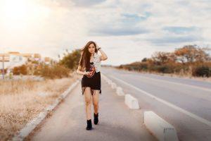 ▷ Sonhar Caminhando Na Estrada 【É um aviso?】