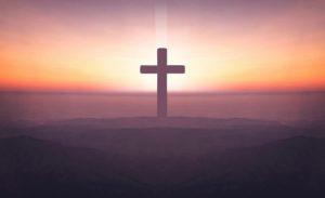 ▷ Sonhar Com Crucifixo 【É mau presságio?】
