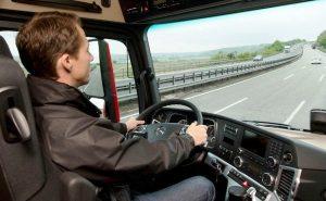 ▷ Sonhar Dirigindo Caminhão é Mau Presságio?