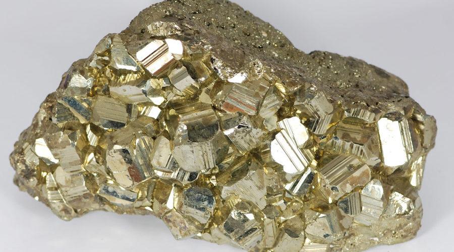 foto da pedra preciosa pirita