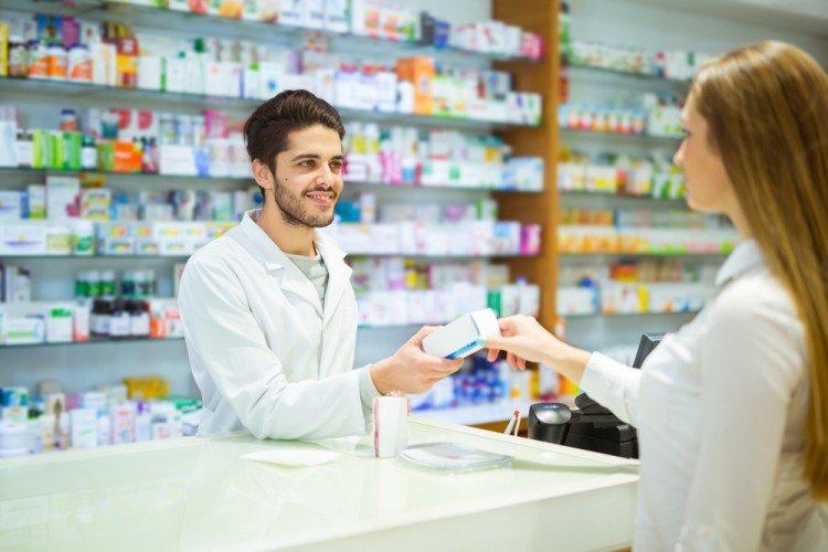 ▷ Sonhar Comprando Remédio 【Significa Doença?】