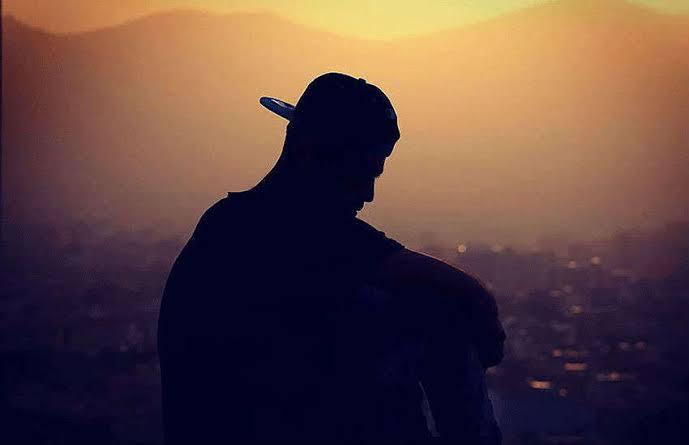 ▷ 49 Frases Solitárias Que Expressam Seus Momentos Sozinhos