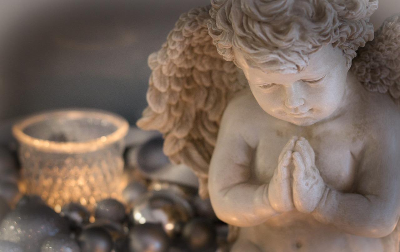 ▷ 10 Orações Do Anjo Gabriel (Ore e seja atendido)