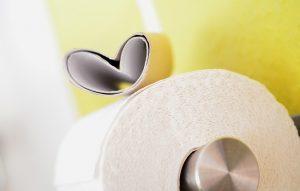 ▷ 7 Simpatias Do Papel Higiênico Para Afastar Uma Pessoa