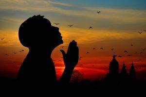 ▷ 10 Orações Poderosíssima Para Conquistar Tudo Na Vida
