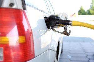 ▷ Sonhar Com Gasolina – Qual o Significado?
