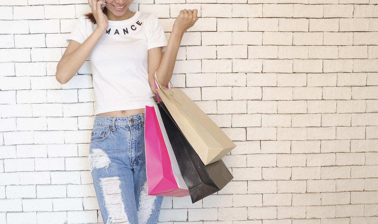 ▷ Sonhar Fazendo Compras é Bom Presságio?