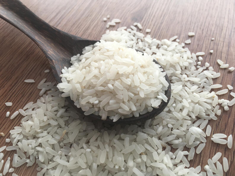 derramar-arroz-na-cozinha-significados-espirituais